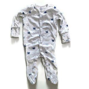 💜2 for $20💜 BabyGap bear sleeper